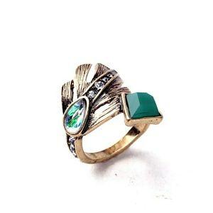 Leaf Frosted Crystal Rhinestone Vintage Gold Ring